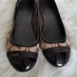 Coach Signature Flat with patent leather toe